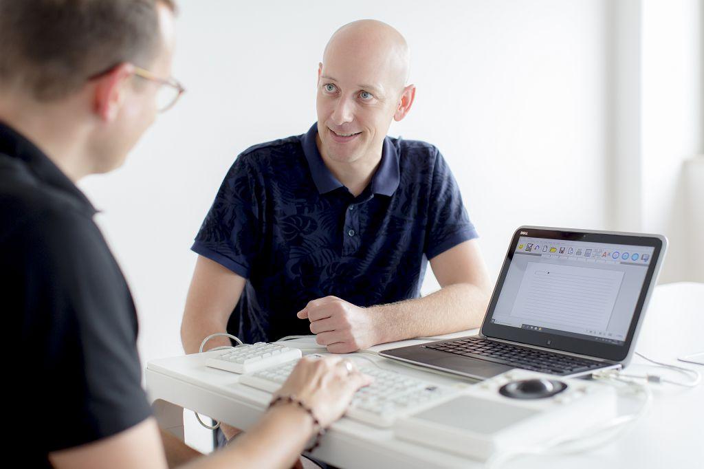 Sebastian Niesen - Produktspezialist Umfeldkontrollen und Computeranpassung