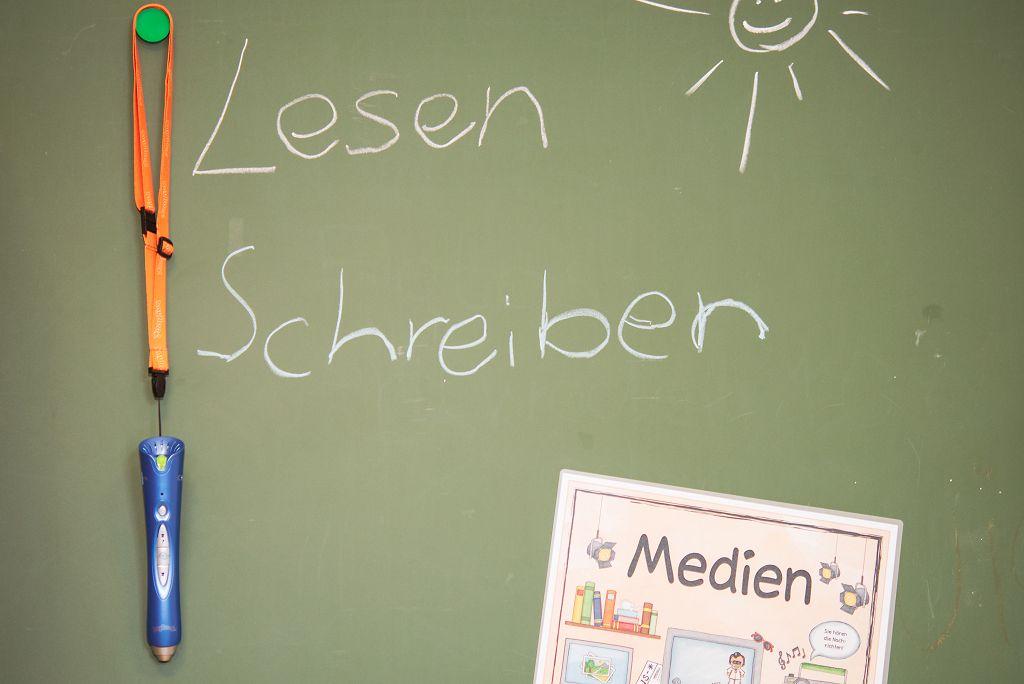 Anybook-an-der-Tafel